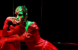 Спектакль «MAGRITT RGB». Московский театр «ЧерноеНебоБелое»